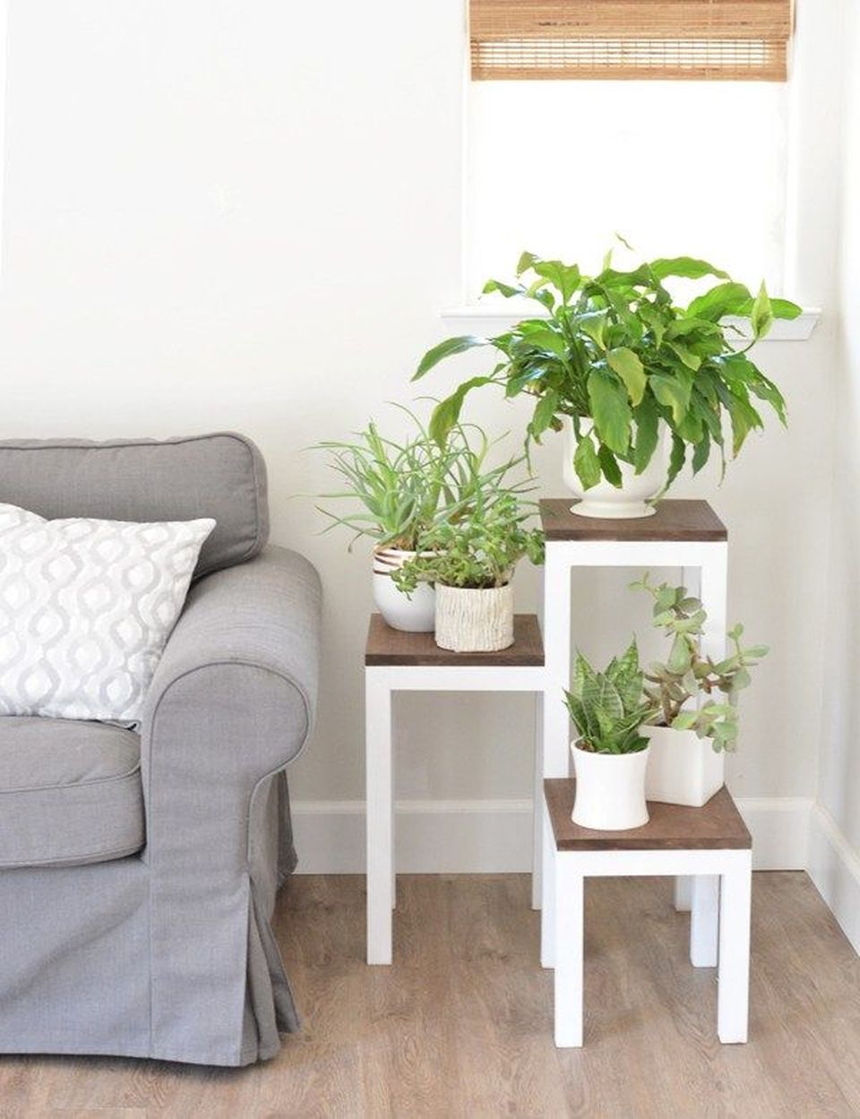 Cool Plant Stand Design Ideas For Indoor Houseplant 7 Rockindeco